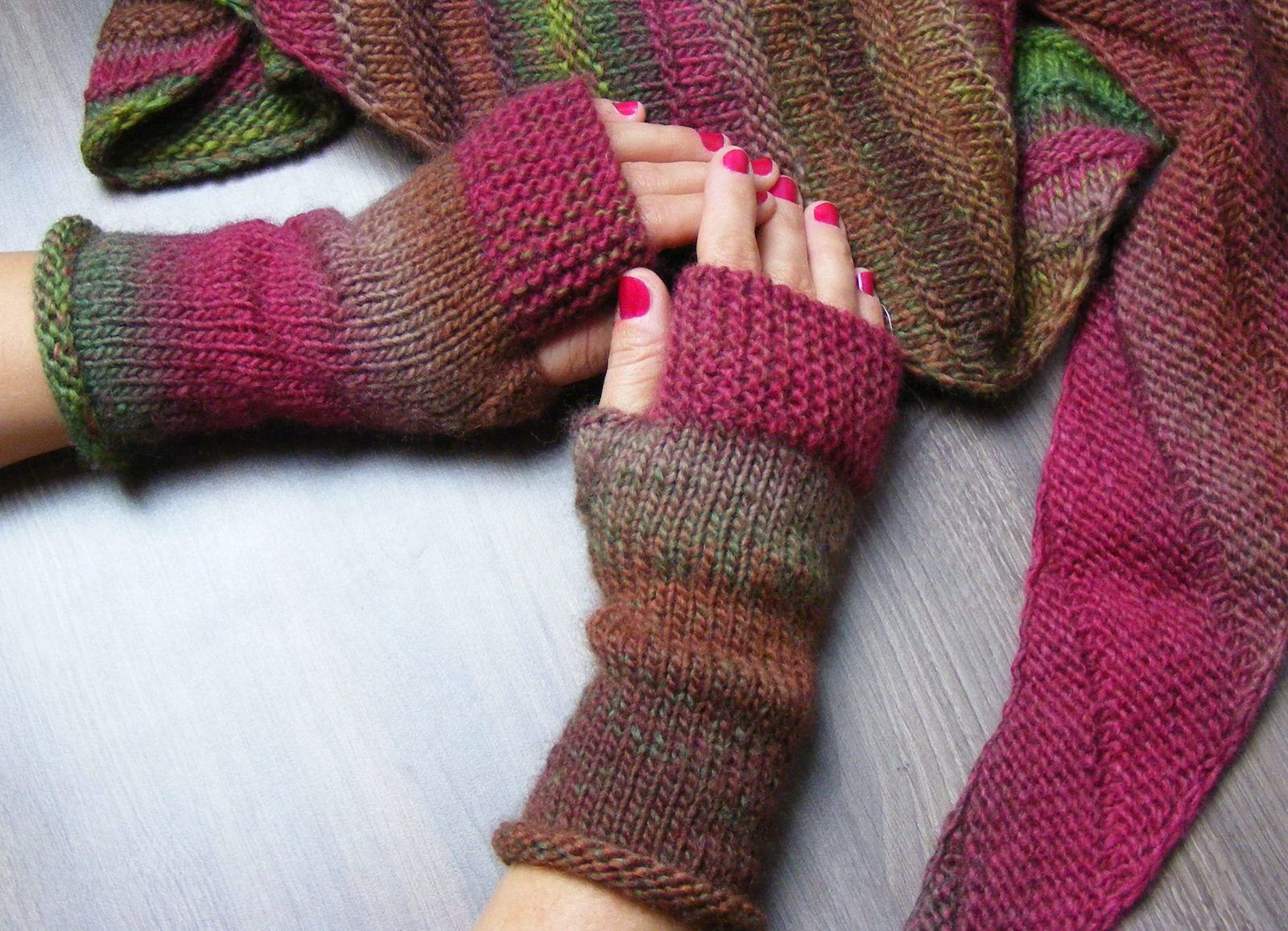 Mitts Autumn forest
