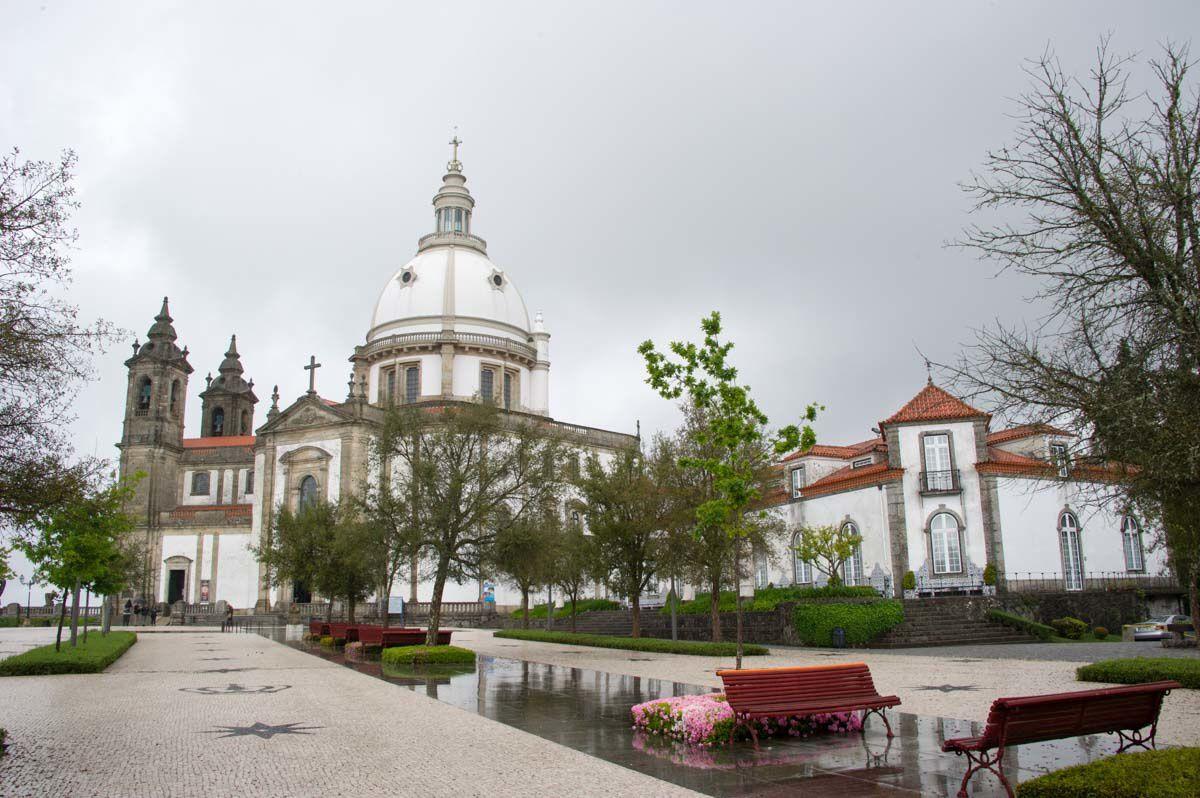 PORTUGAL 25 avril 2015 : BOM JESUS Notre-Dame de Sameiro