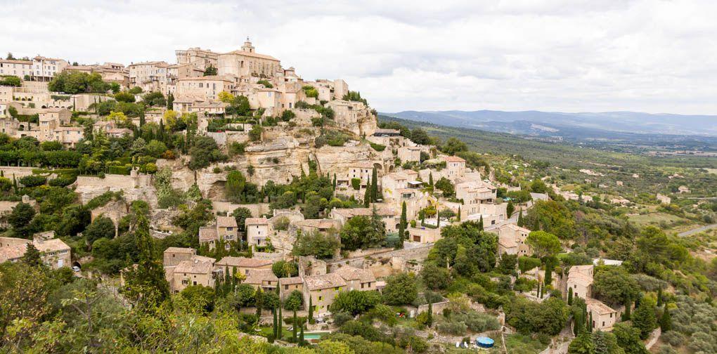Bonnieux et sa région : GORDES et les BORIES