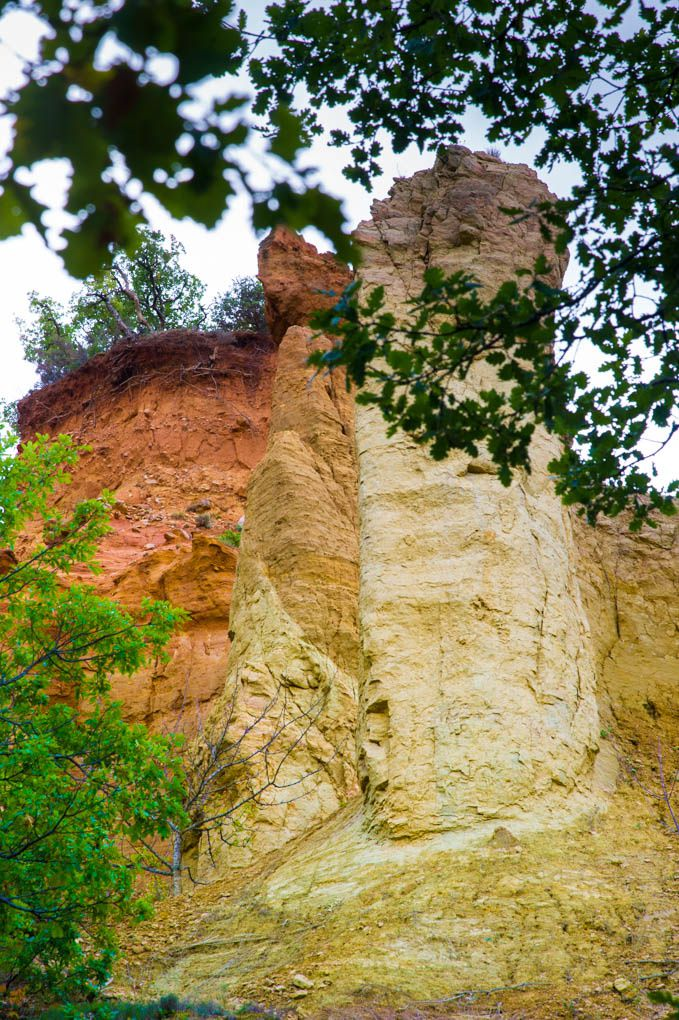 Bonnieux et sa région : RUSTREL Le Colorado