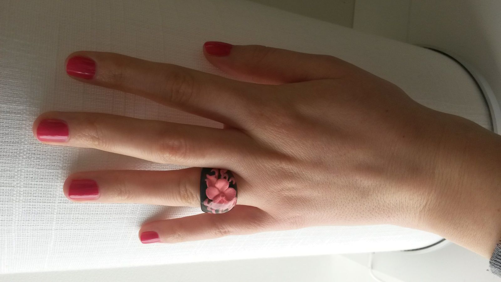 Vernis Maybelline en teinte 180 Rosy Pink ou Rose Fuchsia