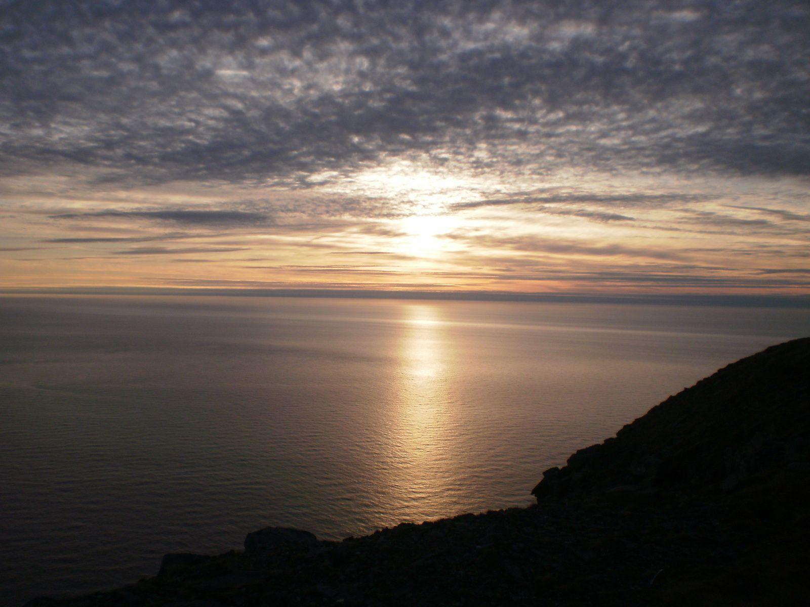 Cap Nord le soleil de minuit