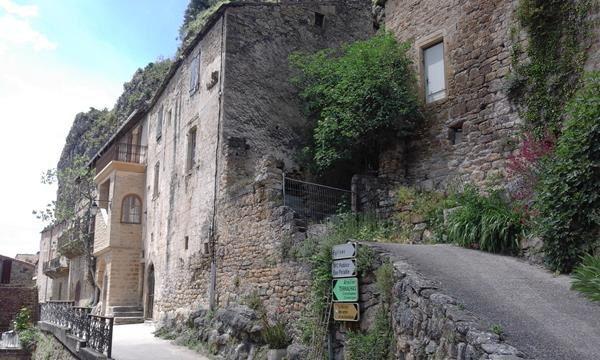 Direction Millau (Aveyron)