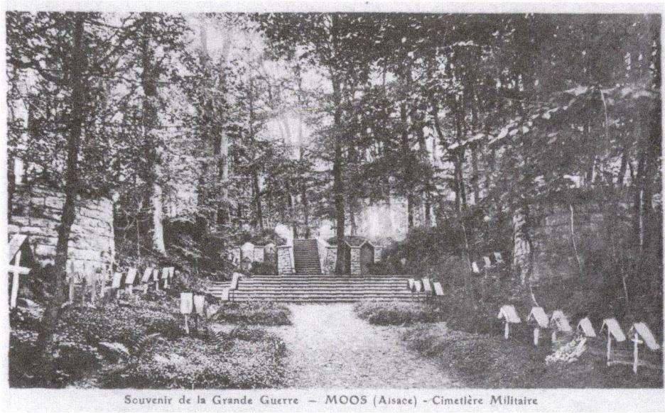 Cimetière allemand de Moos, agrandi à partir de 1915, vers le dessus.