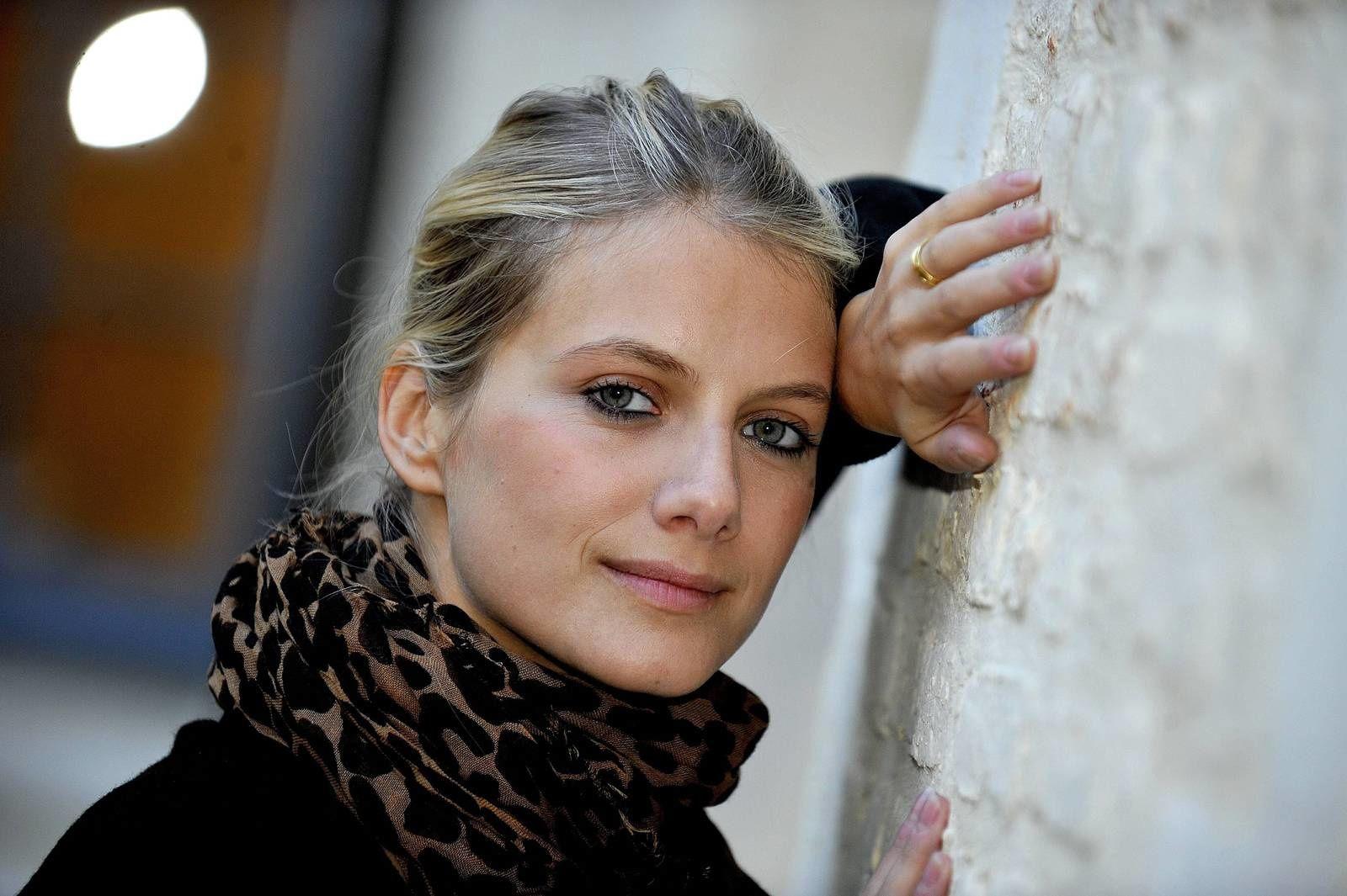 Mélanie Laurent, une vie devant et derrière la caméra