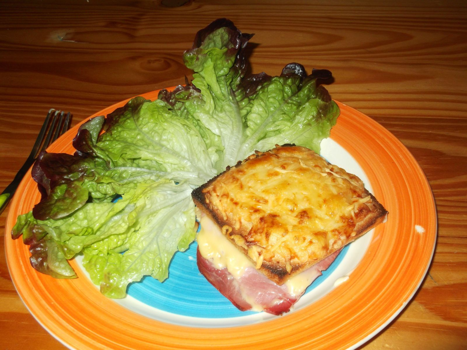 croque monsieur + salade