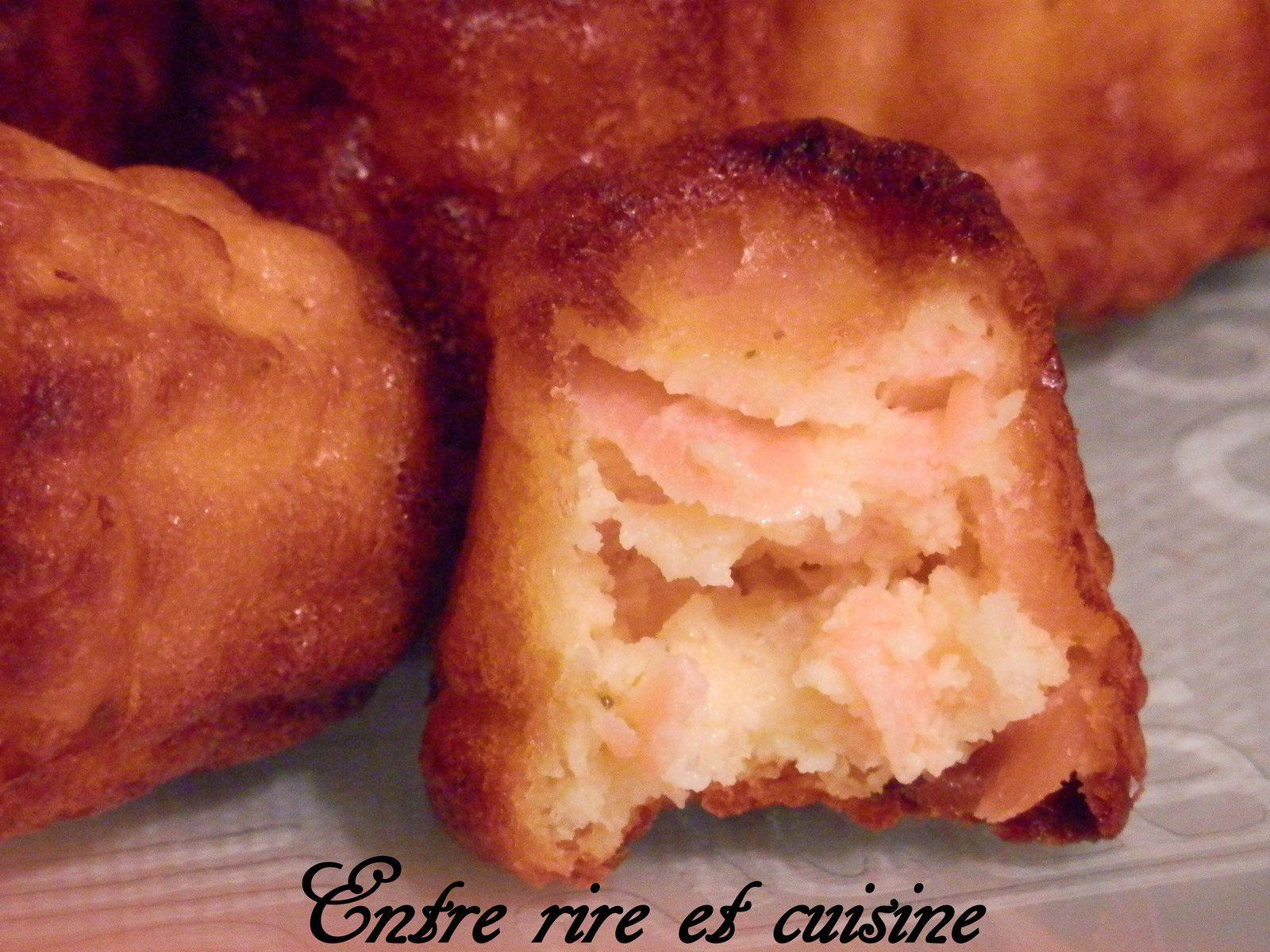 Mini-Cannelés au Saumon fumé et Fromage fouetté ail et fines herbes