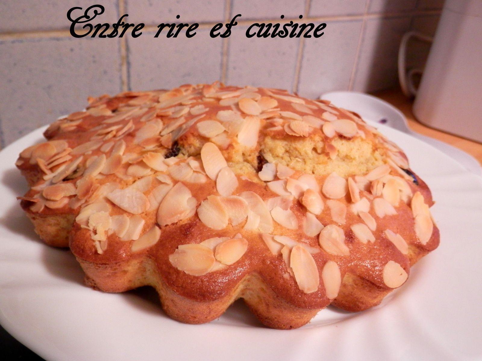 Gâteau à l'Amande et Cerises Amarena confites
