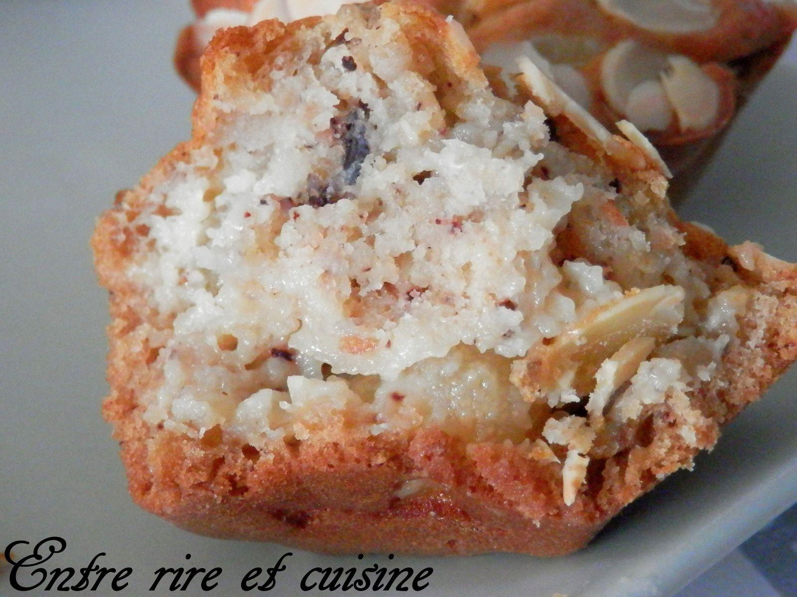 Petits gâteaux moelleux à la noisette et poires/pommes/bananes