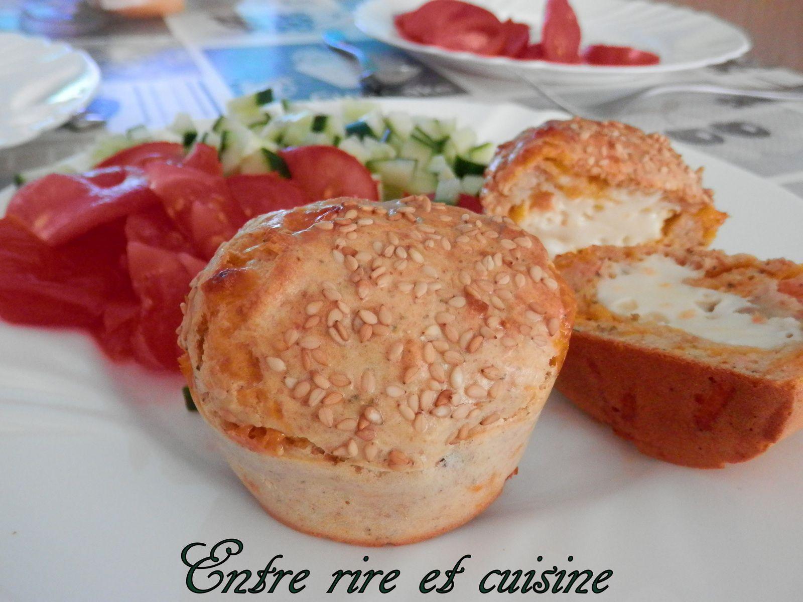 Muffins salés saumon, mimolette et coeur de babybel