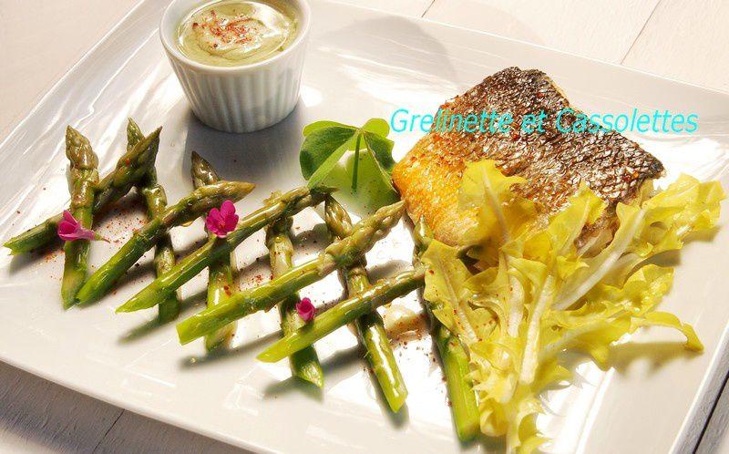 Filet de Bar en écailles, sauce à la Chartreuse Verte
