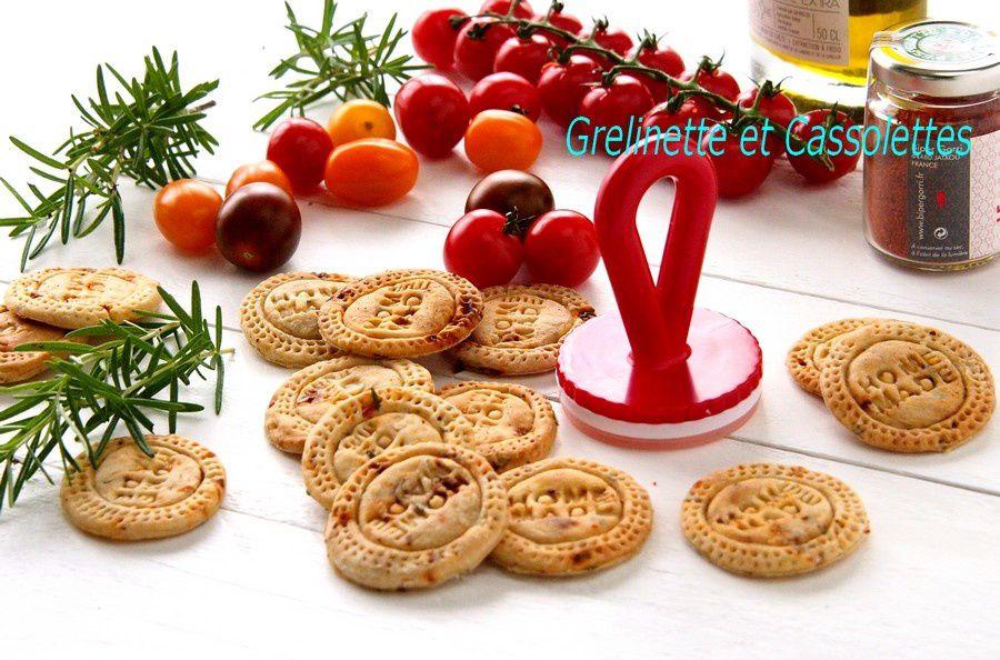 Crakers au Romarin, au Piment d'Espelette et à la Tomate séchée