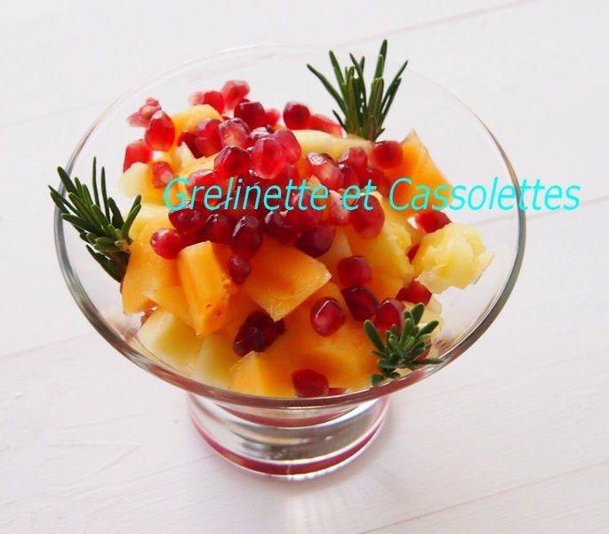 Salade Vitaminée : Ananas, Grenade et Romarin