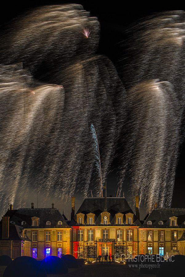 Pluie d'or sur le château de Breteuil