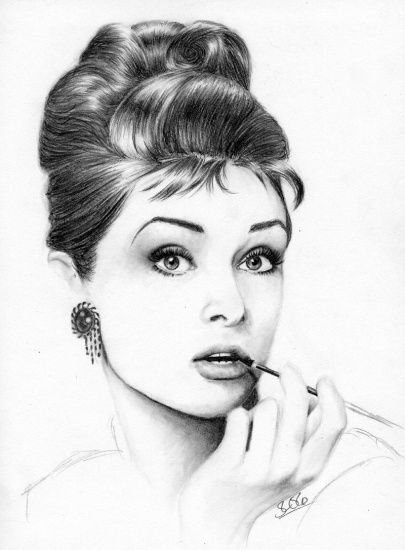 La jolie Audrey Hepburn au départ en noir et blanc ( photo prise sur le Net) la magie de Photoshop permet de lui donner une meilleure mine.