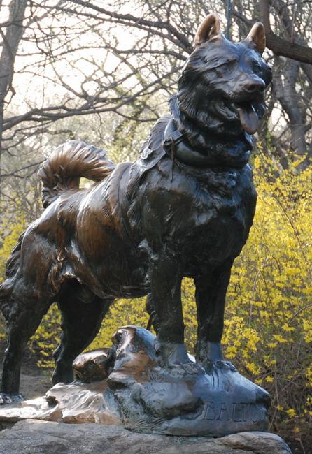 La statue de Balto dans Central Park