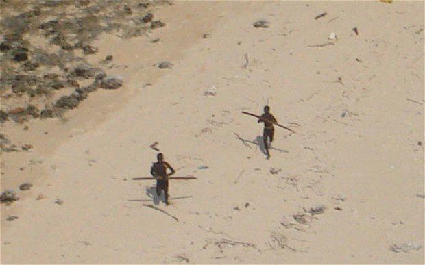 Les Sentinelles, le peuple le moins accueillant au monde, île Andaman, Inde
