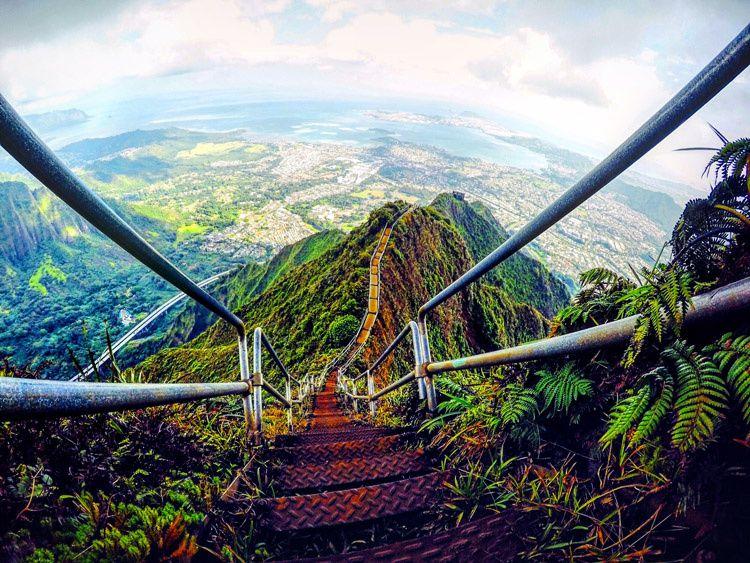 Haiku Stairs Stairway To Heaven Les Escaliers Du Paradis Hawa 239 Quilaztli Un Petit Monde D