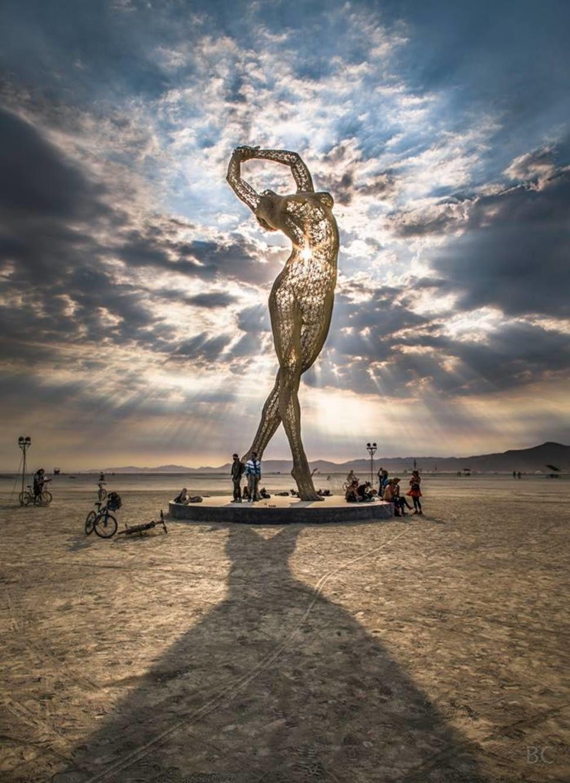 Le Projet Bliss Dance, Sculpture danseuse, Marco Cochrane, USA
