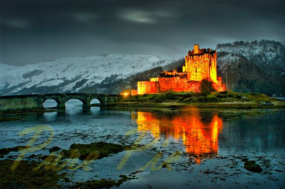 http://www.purepic.co.uk/eileandonancastle#h6b30cbe