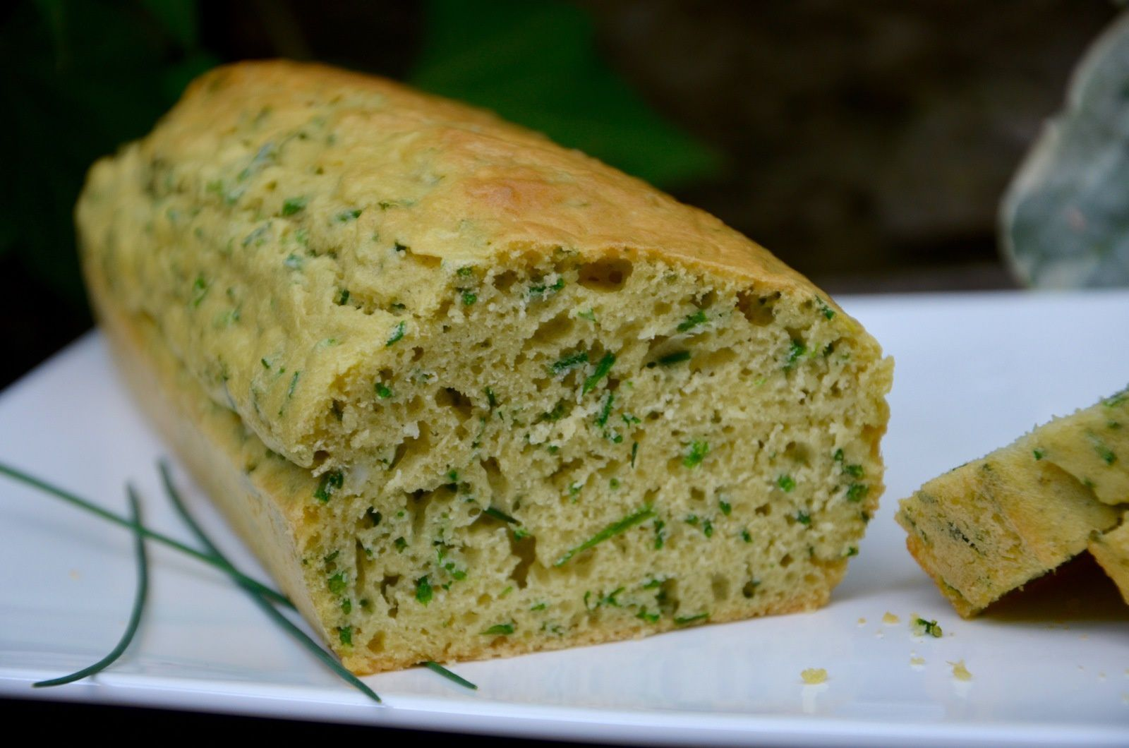 Verser La Pate Dans Moule A Cake