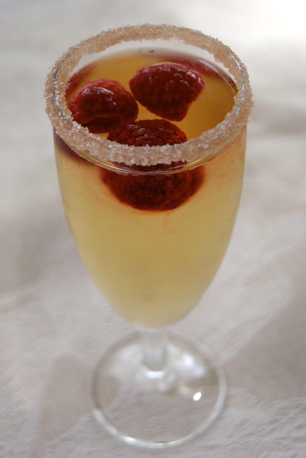 Champagne ispahan la p 39 tite cuisine de pauline for Cocktail au champagne