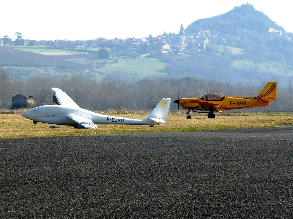 Issoire Aviation