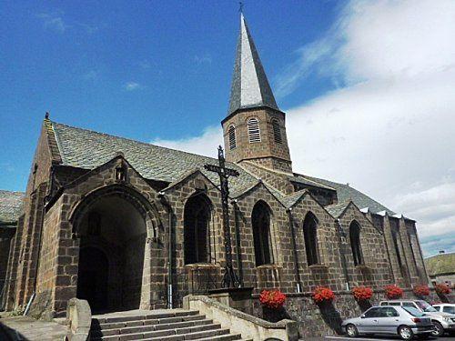Besse, église