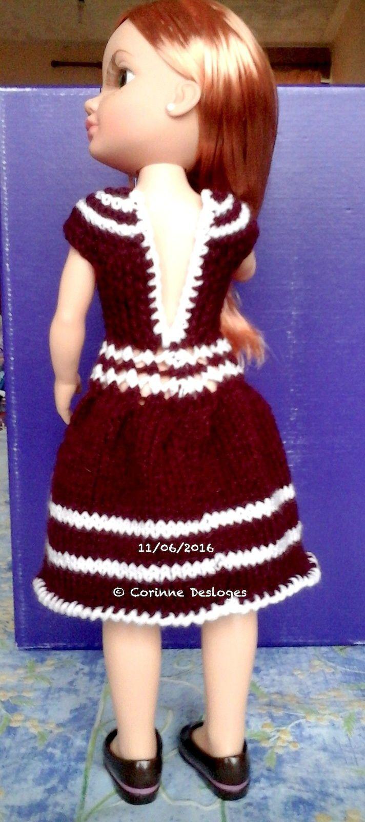 Robe bordeaux pour poupée Nancy, création perso.