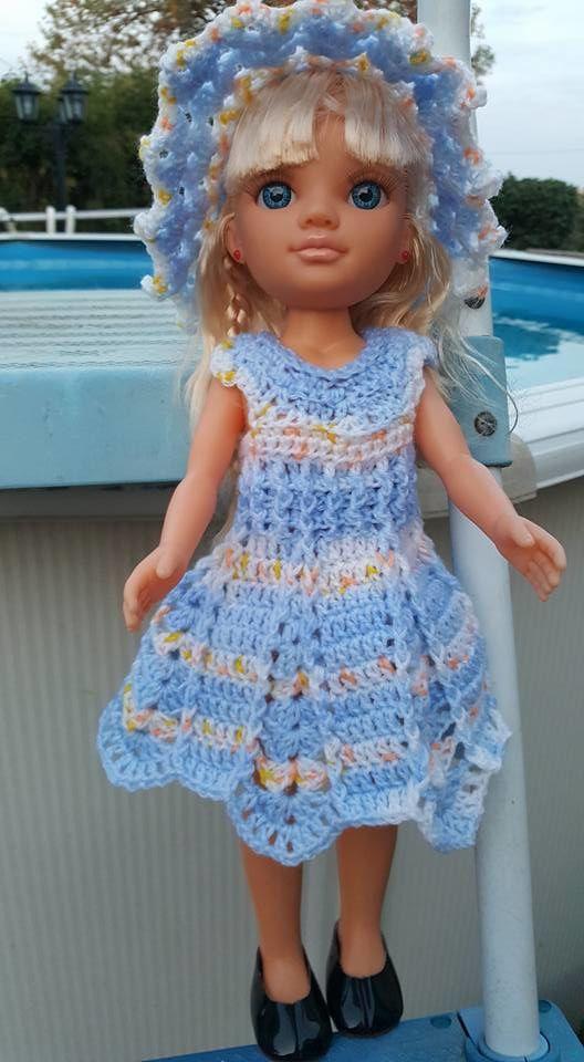 """Robe """"Géométrie"""" pour poupée Nancy, réalisée par Solange d'après mon tuto."""