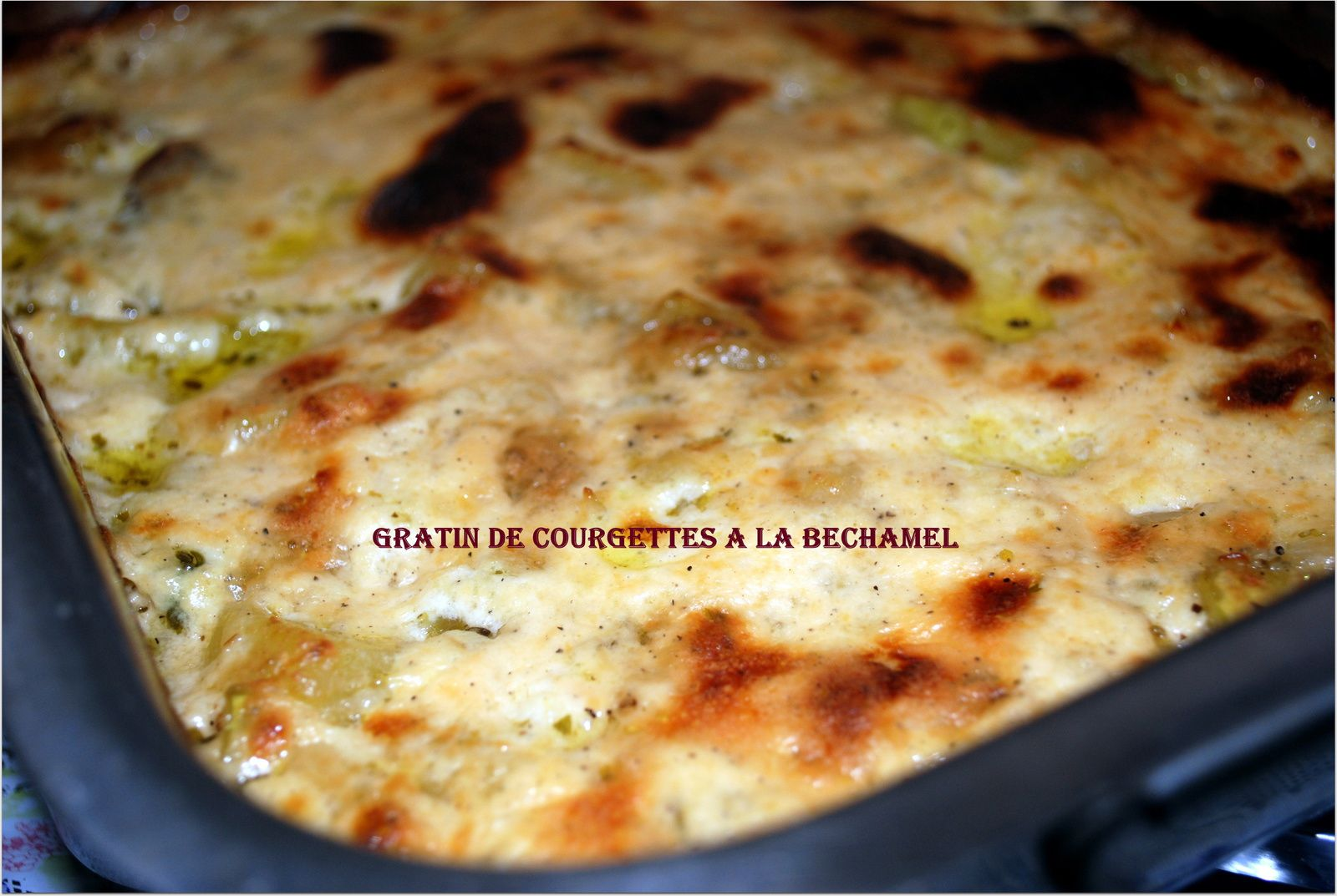 gratin aux courgettes et b chamel http www. Black Bedroom Furniture Sets. Home Design Ideas