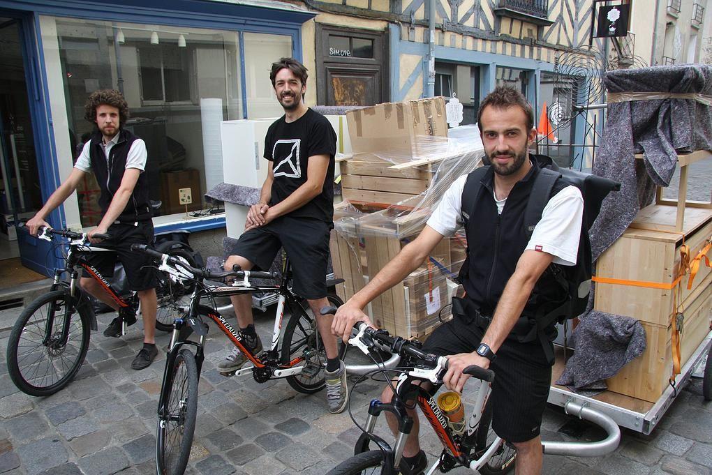 Les déménageurs à vélo dans la ville de Rennes
