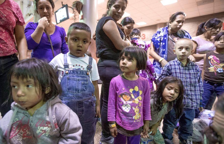 Clandestins : l'Éducation nationale s'organise pour la scolarisation des enfants