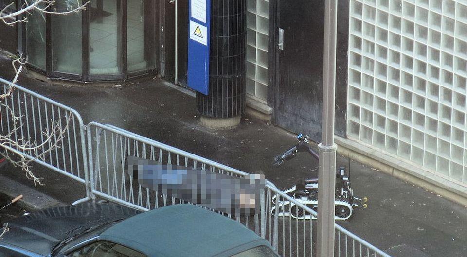 Attentat commémoratif loupé à Paris, un islamiste enragé abattu