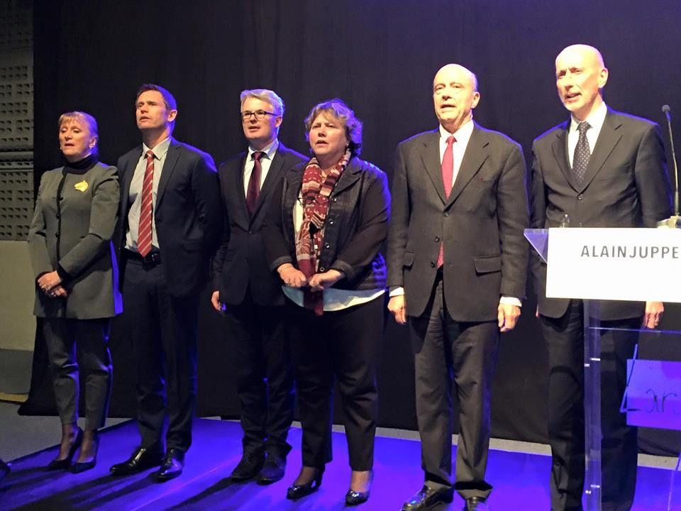 l'ump recoit les candidats aux primaires : tapis rouge pour alain juppé