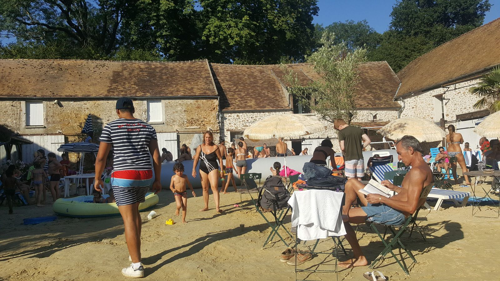 bar de la plage de janvry ,on prolonge !