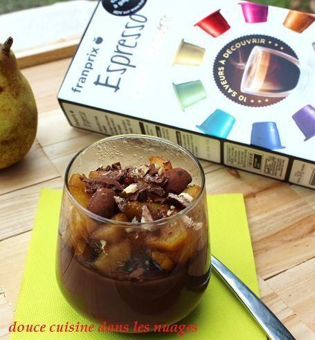 Crème chocolat et poires caramelisées au café