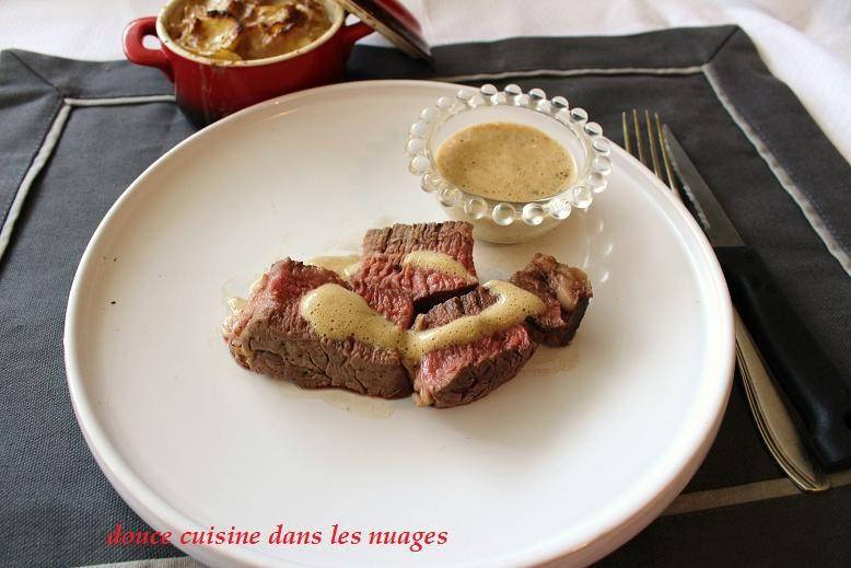 Côte de boeuf Angus et sabayon à la crème d'ail noir
