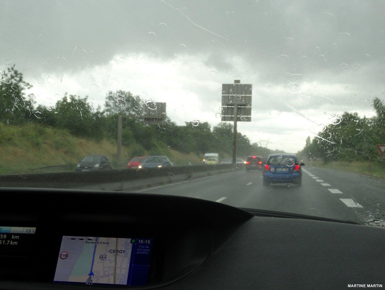 Clery en Vexin un dimanche de pluie