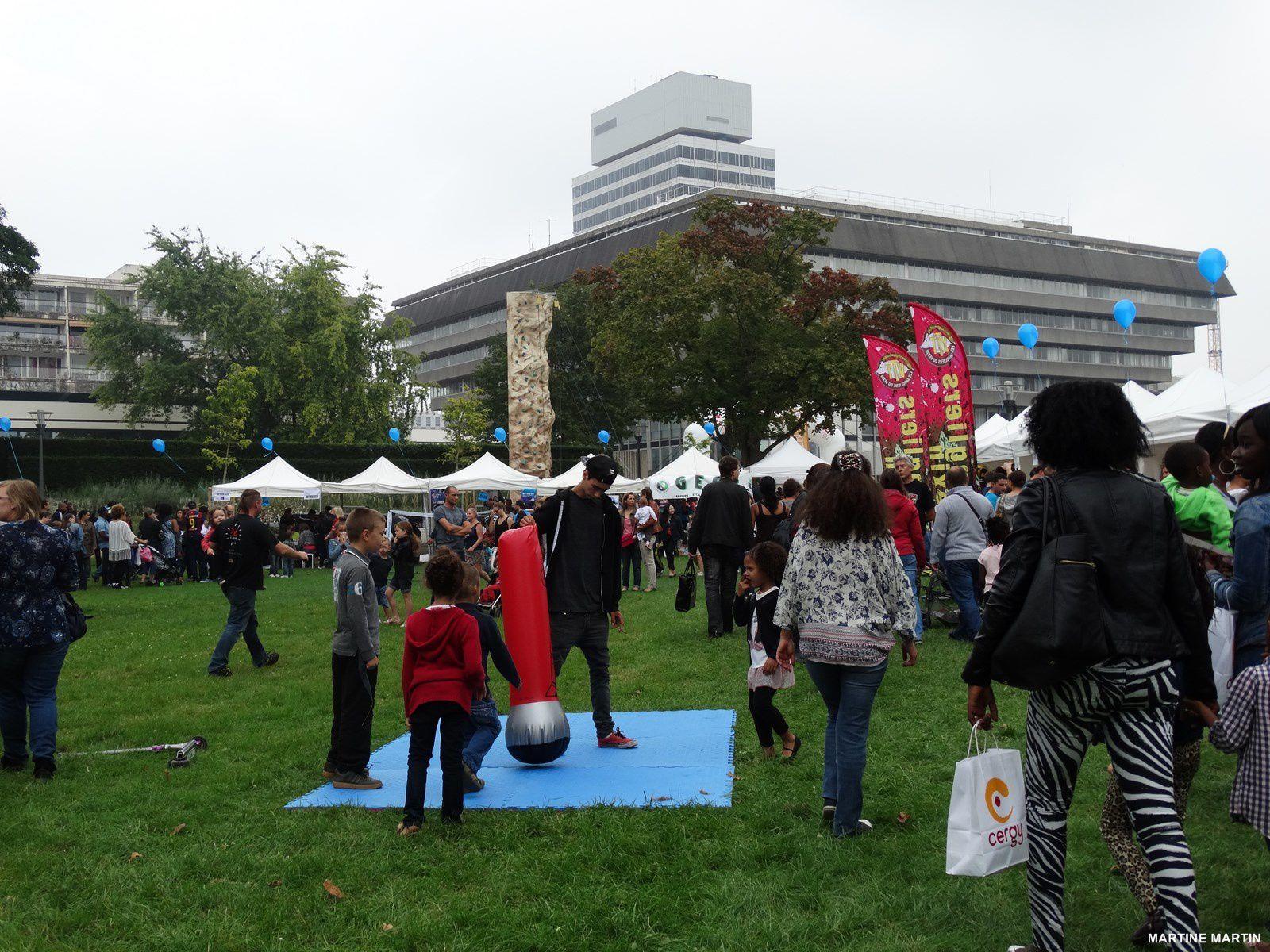 Photos fête des associations Cergy 2014