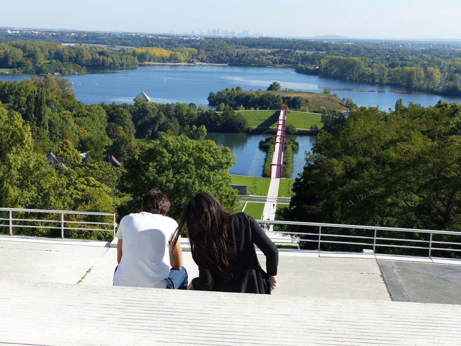 Cergy Axe majeur : Vue sur l'Oise et les étangs