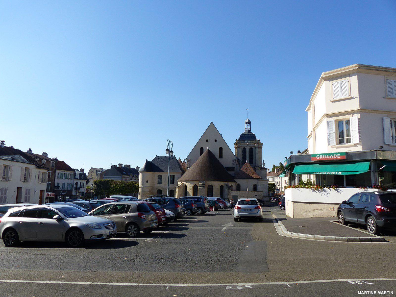 Place Notre Dame Pontoise