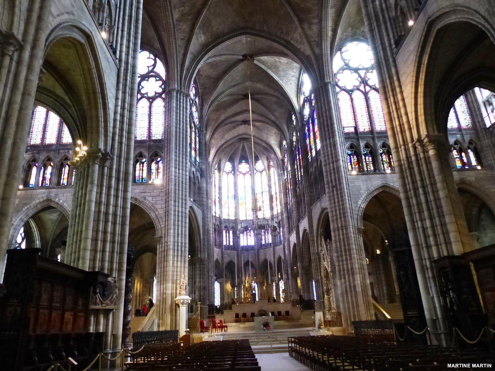 basilique Saint-Denis l'intérieur