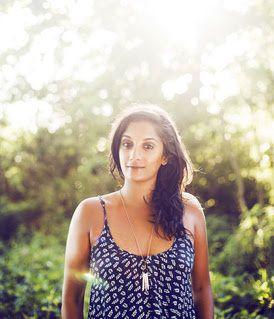 Maya Kamaty, le clip d'Ecris-Moi / CHANSON / ACTUALITES
