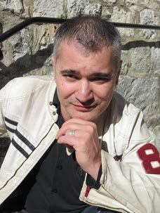 L'auteur : Frédéric Quinonero :
