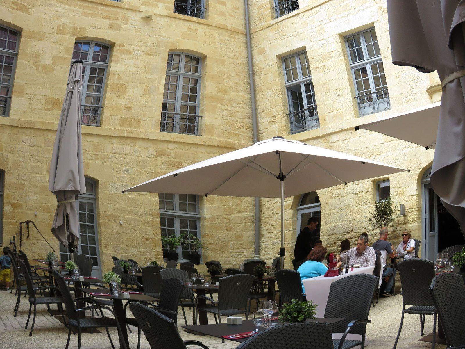 HOTEL DIEU / RESTAURANT A SARLAT / BISTRONOMIE