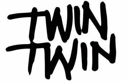 TWIN TWIN &gt&#x3B; Découvrez le premier épisode de SOUND SYSTEM leur mini-série / CHANSON MUSIQUE / ACTUALITE