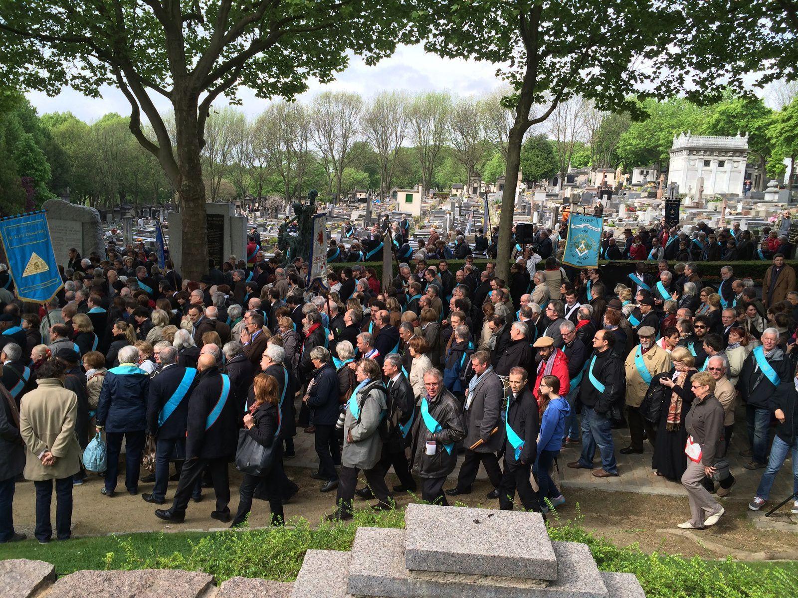 1er mai 2014 : Au père Lachaise à Paris. Cérémonie en Hommage aux morts de la Commune de paris (1871) et hommage à Pierre Brossolette.