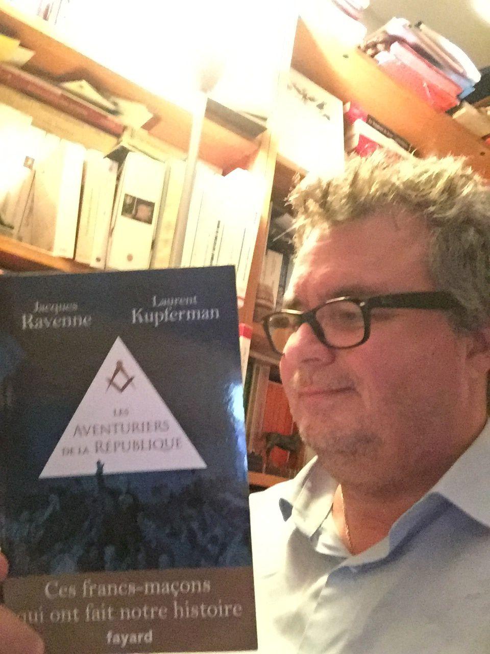 Les aventuriers de la République, de Jacques Ravenne et Laurent Kupferman