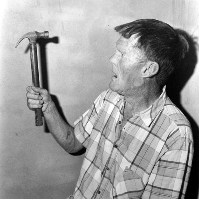 Herman with hammer, 1999, Roger BALLEN